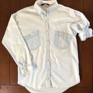 Women's Zara Distressed cotton button down Sz S